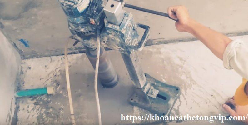 Hướng dẫn khoan rút lõi bê tông xuyên tường, đà 15